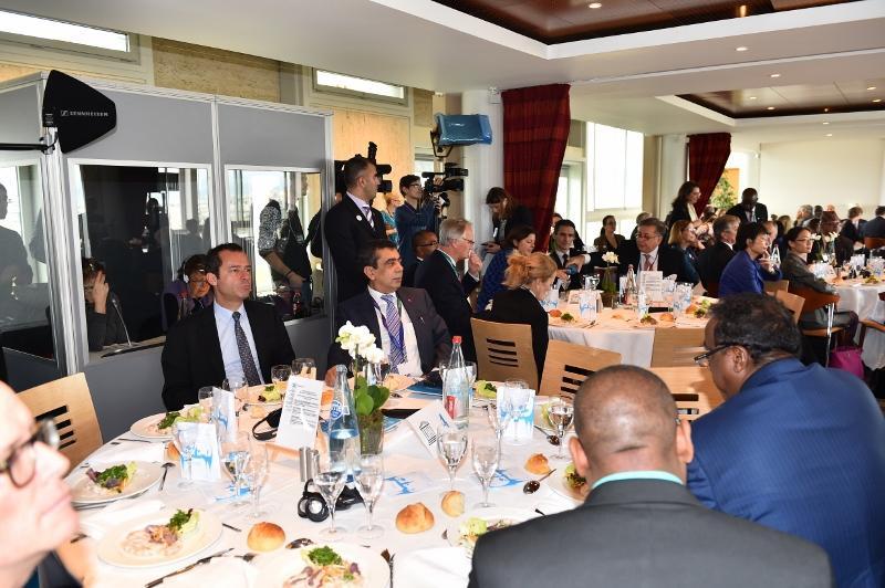 Unesco 38. Genel Konferansı ABD Yemek Programı